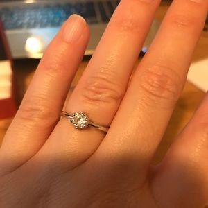 Jewelry - Sterling Silver Solitaire CZ Size 6
